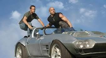 Nhìn lại hành trình 18 năm của series phim hành động tốc độ Fast & Furious - Ảnh 5.