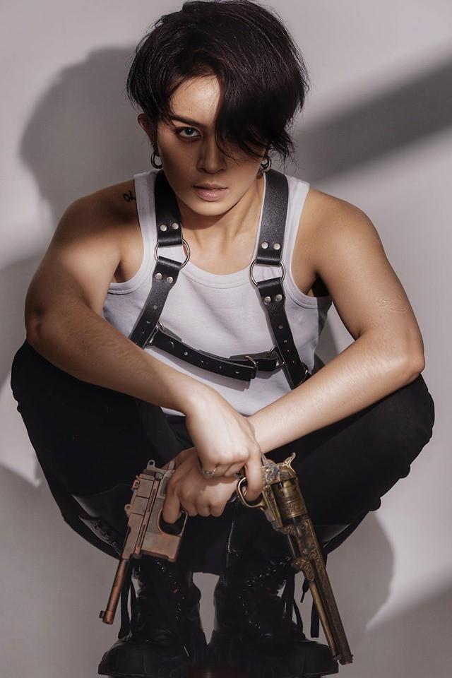 Gil Lê đẹp trai như tài tử Hong Kong trong bộ ảnh mới - Ảnh 1.