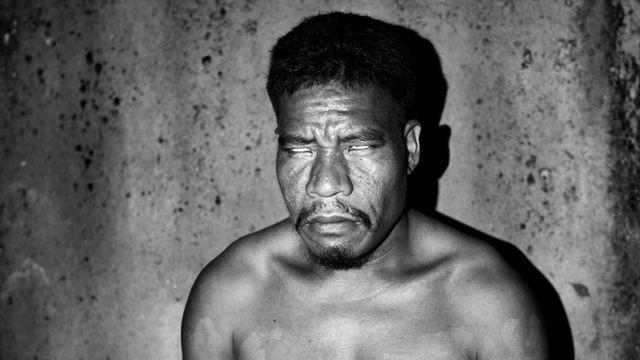 Sự ám ảnh trên hòn đảo với tỷ lệ người mù màu cao nhất thế giới - Ảnh 2.