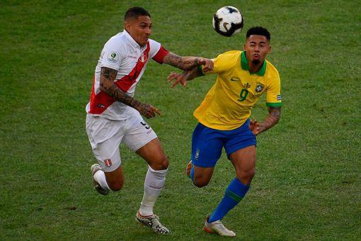 ẢNH: Jesus nhận thẻ đỏ, Brazil vẫn vô địch Copa America sau 12 năm chờ đợi - Ảnh 2.