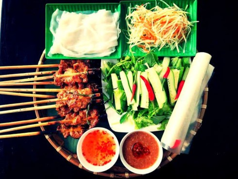 Grilled pork skewers, a popular street food in Hoi An (Photo: truyenhinhdulich.vn)