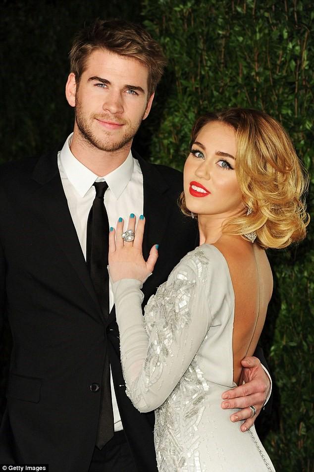 Hậu ly thân, Miley Cyrus không nói chuyện với chồng - Ảnh 1.