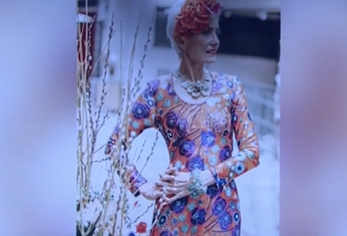Bà già phong cách khuấy động Tuần lễ Thời trang New York - ảnh 1
