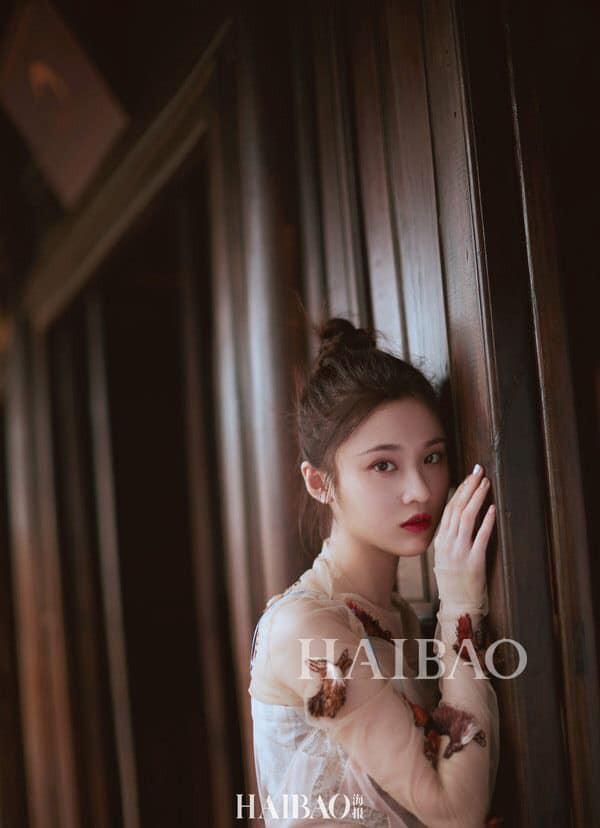 Mưu nữ lang Trương Tuệ Văn tung loạt ảnh đẹp mê hồn chụp tại Việt Nam - Ảnh 10.