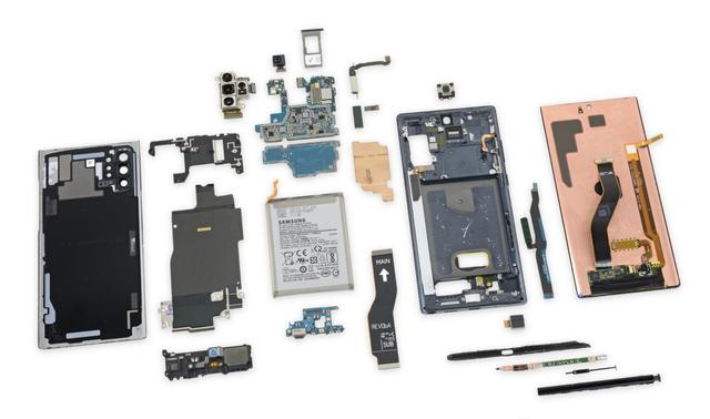 Galaxy Note10+ chơi khó người dùng vì nguy cơ vỡ kính khi tháo mở - Ảnh 1.