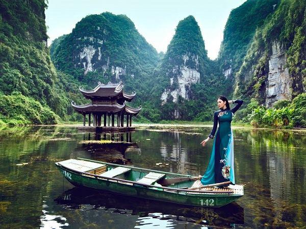 Những địa điểm du lịch về với thiên nhiên không thể bỏ lỡ dịp 2/9 - Ảnh 2.
