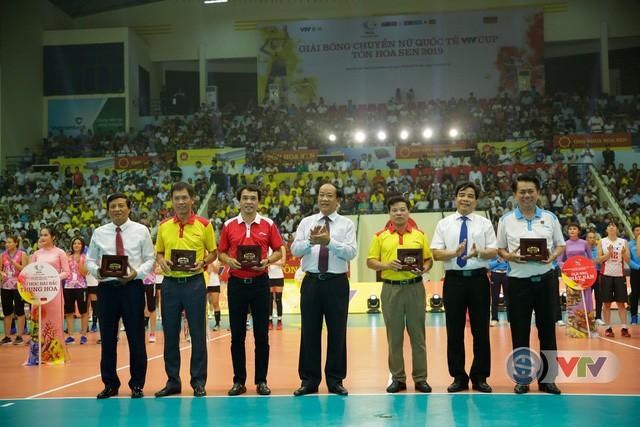 Ảnh: Những khoảnh khắc ấn tượng trong Lễ khai mạc Giải bóng chuyền nữ Quốc tế VTV Cup Tôn Hoa Sen 2019 - Ảnh 19.