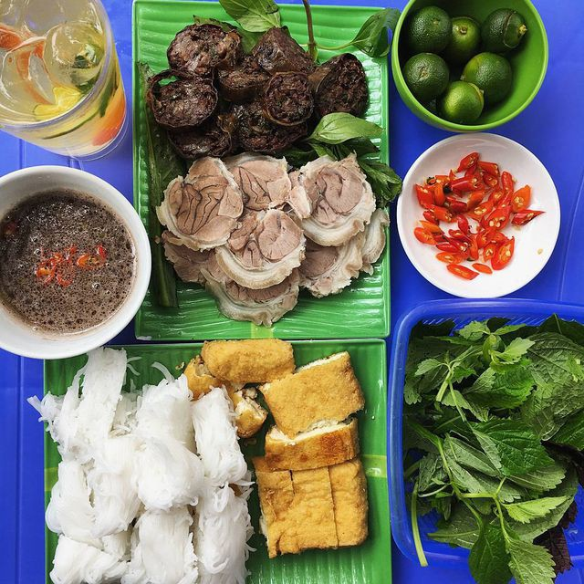 """10 món ngon khó cưỡng ở Hà Nội, đến khách Tây cũng """"mê như điếu đổ"""" - Ảnh 5."""