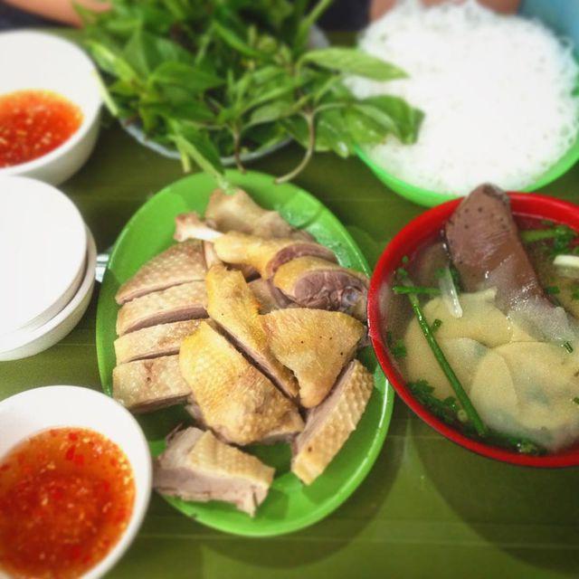 """10 món ngon khó cưỡng ở Hà Nội, đến khách Tây cũng """"mê như điếu đổ"""" - Ảnh 10."""
