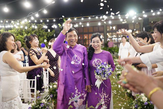 Đám cưới đặc biệt của người mẹ U60 được con gái đăng tin tuyển chồng ở Thanh Hóa - Ảnh 1.