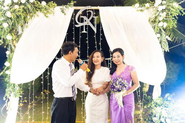 Đám cưới đặc biệt của người mẹ U60 được con gái đăng tin tuyển chồng ở Thanh Hóa - Ảnh 2.