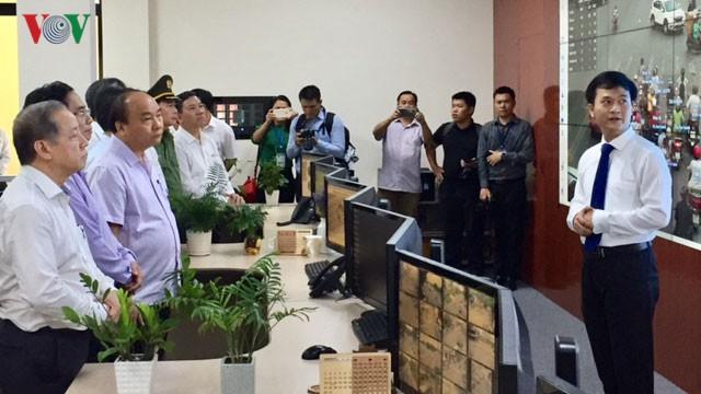 Thủ tướng thăm Nhà lưu niệm Bác Hồ tại Huế - Ảnh 1.