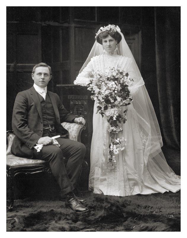 Xu hướng váy cưới và sự thay đổi của thời trang trong 100 năm qua - Ảnh 2.