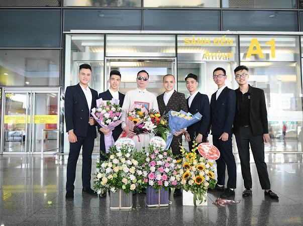 NTK S Vietnam được chào đón nồng nhiệt ngày trở về từ New York Couture Fashion Week - Ảnh 3.