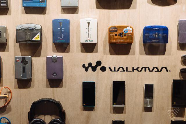 Sony kỷ niệm 40 năm sinh nhật máy nghe nhạc Walkman bằng triển lãm có một không hai - Ảnh 2.