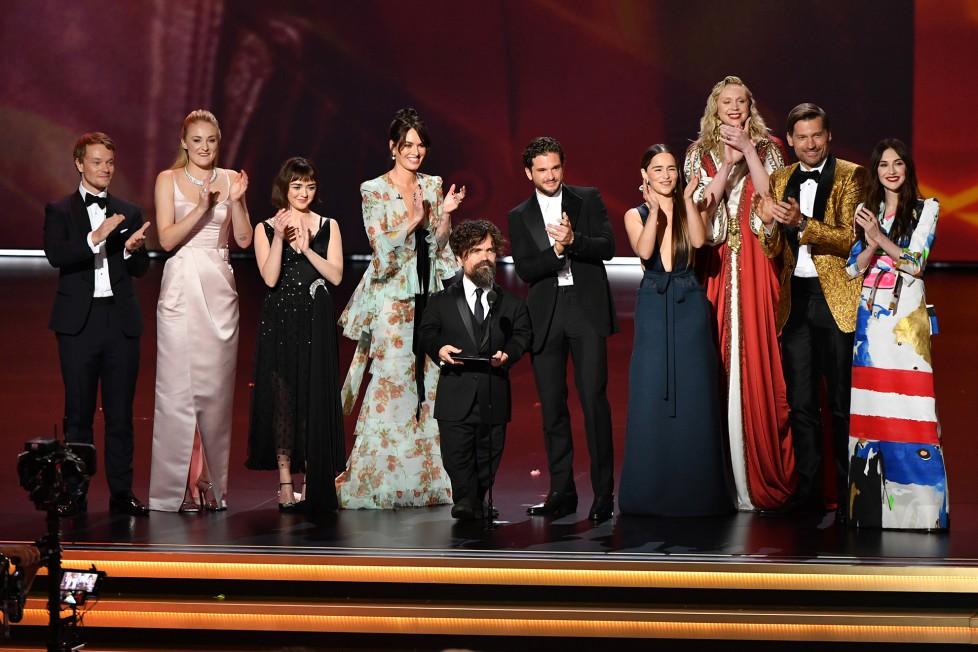 """Emmy 2019: Kết thúc vẹn toàn cho hành trình 9 năm của """"Game of Thrones"""" - Ảnh 2."""