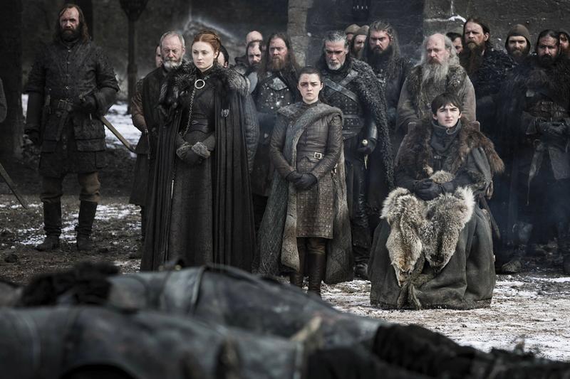 """Emmy 2019: Kết thúc vẹn toàn cho hành trình 9 năm của """"Game of Thrones"""" - Ảnh 4."""