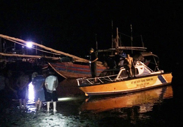 Thanh Hóa: Nổ tàu cá khiến 8 người thương vong và mất tích - Ảnh 1.