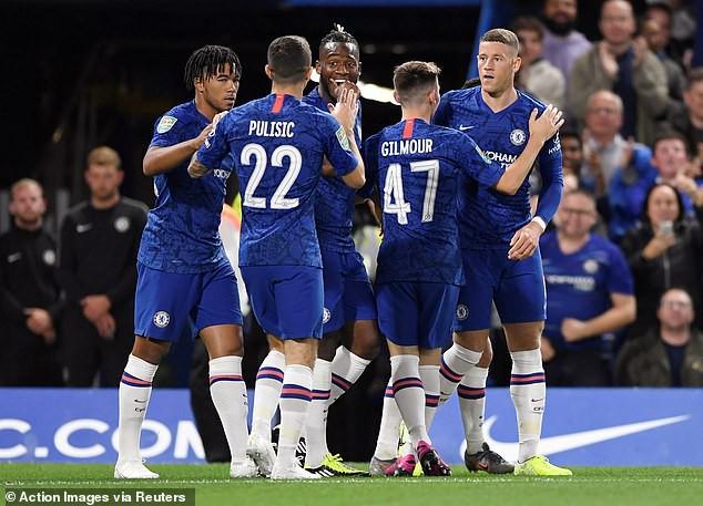 League Cup 2019/20: Chật vật hạ CLB hạng 3, Manchester United đụng Chelsea ở vòng 4 - Ảnh 4.