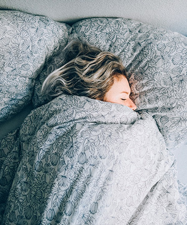 Chuyên gia mách bạn 10 bí kíp để có giấc ngủ ngon - ảnh 9