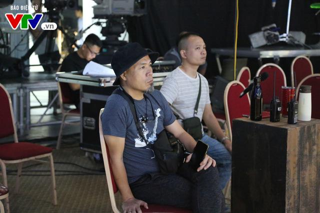 """Đạo diễn âm nhạc VTV Awards 2019 - Huy Tuấn: """"Truyền hình đã có khoảng lặng tốt để bùng nổ trở lại"""" - Ảnh 1."""