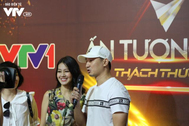 Thanh Hương song kiếm hợp bích với Đinh Hương trên sân khấu VTV Awards 2019 - Ảnh 4.