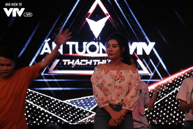 Thanh Hương song kiếm hợp bích với Đinh Hương trên sân khấu VTV Awards 2019 - Ảnh 2.