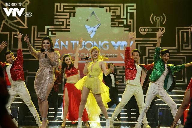 Diễn viên Thanh Hương - Đinh Hương khuấy động VTV Awards 2019 với Đón bình minh - Ảnh 1.
