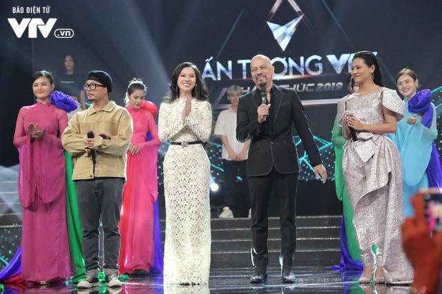 Hà Lê - Bùi Lan Hương say đắm trên sân khấu VTV Awards với Mưa hồng - Ảnh 8.