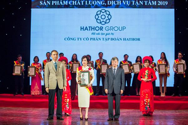 """Hathor Group nhận giải """"Top 10 thương hiệu tin cậy, sản phẩm chất lượng, dịch vụ tận tâm"""" - Ảnh 1."""