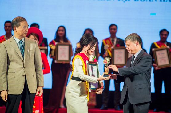 """Hathor Group nhận giải """"Top 10 thương hiệu tin cậy, sản phẩm chất lượng, dịch vụ tận tâm"""" - Ảnh 3."""