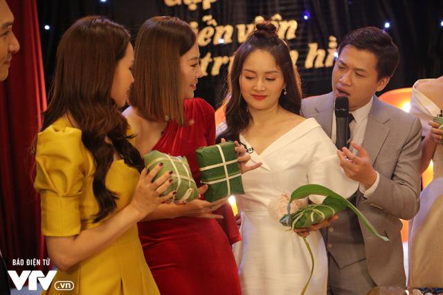 Tiểu tam so tài cùng chính thất tại Gặp gỡ diễn viên truyền hình 2020 - Ảnh 7.