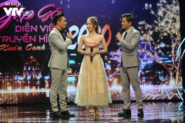 Gặp gỡ diễn viên truyền hình 2020: Việt Anh, Quỳnh Nga cực ngọt ngào khi hát hit của Trịnh Thăng Bình - Ảnh 3.