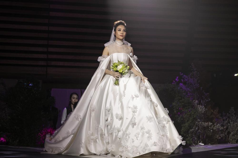 Những đám cưới lịch sử khuấy đảo showbiz Việt 2019 - Ảnh 7.