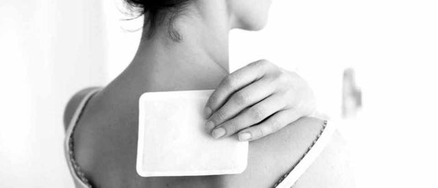 7 lời khuyên giúp giảm đau lưng khi đi ô tô và máy bay - Ảnh 1.