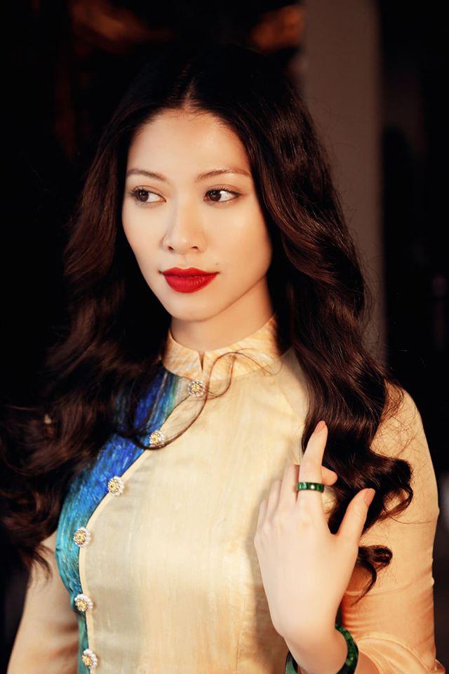 Nữ MC, BTV VTV diện áo dài duyên dáng dịp Tết - Ảnh 4.
