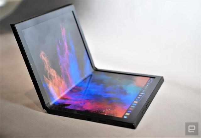 CES 2020: Dell, Lenovo, Intel đua nhau ra mắt laptop màn hình gập - Ảnh 3.