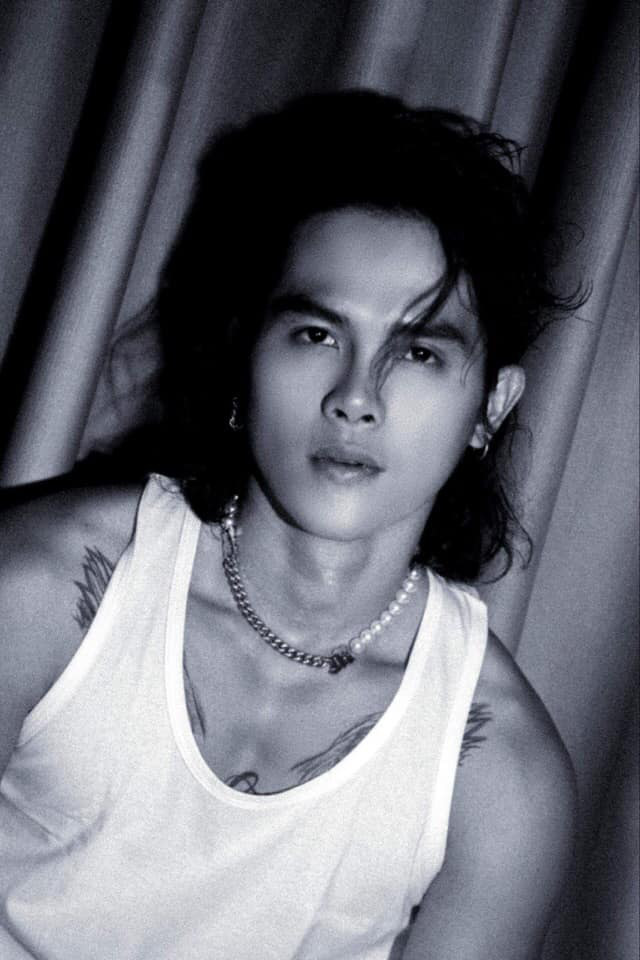 Mê mệt vẻ lãng tử của diễn viên Thanh Tùng Cát đỏ - Ảnh 3.