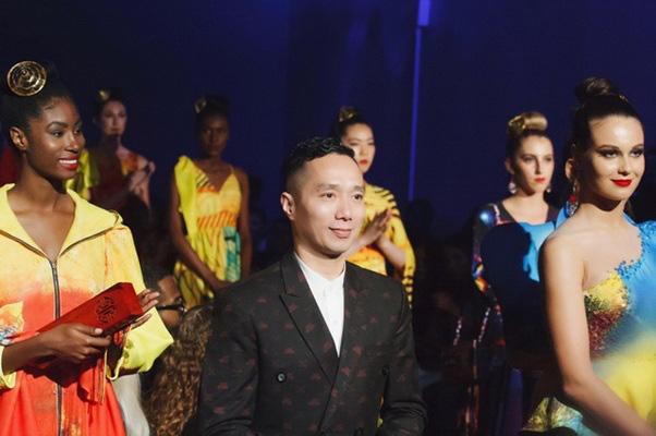 Những NTK dành nhiều tâm huyết cho áo dài Việt - Ảnh 2.