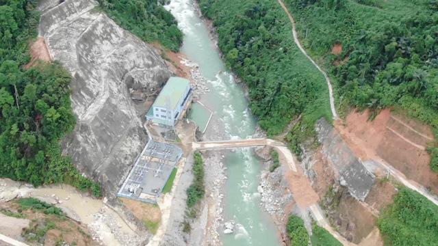 Sức hủy diệt khủng khiếp của sạt lở đất nhìn từ thủy điện Rào Trăng 3 - Ảnh 1.