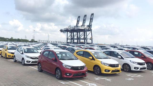 Hãng xe chạy nước rút cuối năm, ô tô Indonesia về Việt Nam giá rẻ giật mình - Ảnh 3.