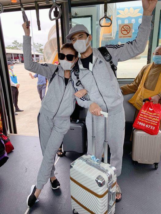 Thúy Diễm cùng chồng Lương Thế Thành đi cứu trợ miền Trung - Ảnh 4.