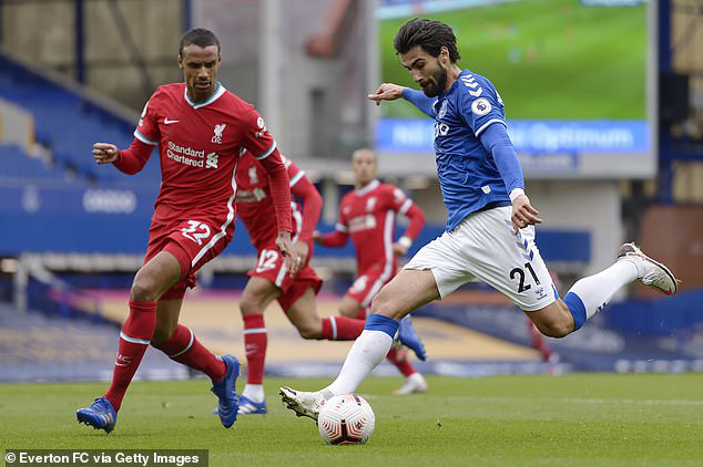 Sau van Dijk, hàng thủ của Liverpool tiếp tục mất người - Ảnh 1.