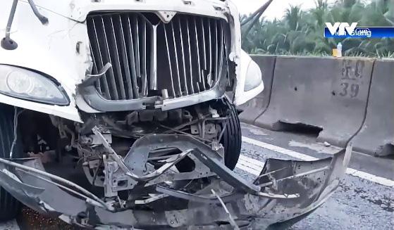 Tai nạn liên hoàn trên cao tốc TP.HCM - Trung Lương - Ảnh 1.