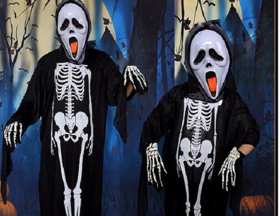 """Thị trường Halloween: """"Ma cũ"""", giá mới - ảnh 1"""