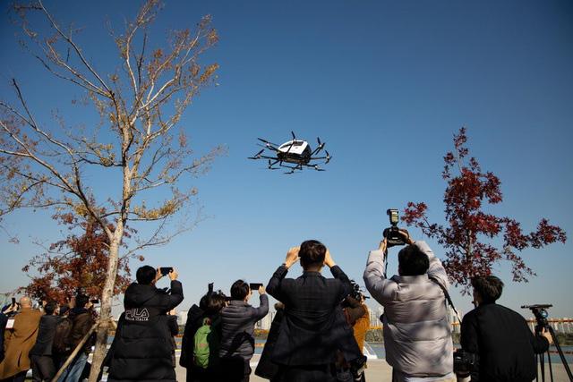 Thử nghiệm taxi bay không người lái tại Hàn Quốc - Ảnh 1.