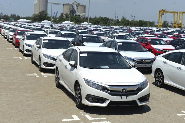 Xe nhập về dồn dập, ô tô Indonesia vô địch giá rẻ tại Việt Nam - Ảnh 2.