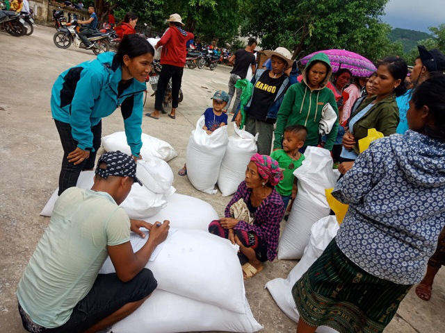 Thủ tướng quyết định xuất cấp hơn 4.000 tấn gạo cho 3 tỉnh bị thiên tai, mưa lũ - Ảnh 1.