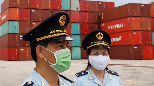 Nikkei: Việt Nam là nền kinh tế duy nhất chiến thắng đại dịch ở ASEAN - Ảnh 2.