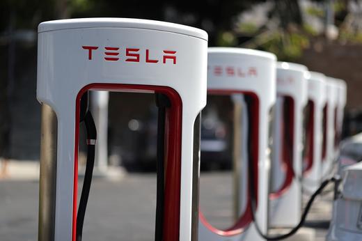 Cổ phiếu Tesla chạm mức cao nhất mọi thời đại - ảnh 1